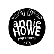 Anniehowe logo black